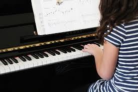piano spelen rechtenvrij